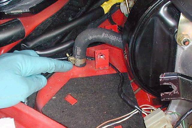 Porsche 911 Master Cylinder Replacement 911 1965 89