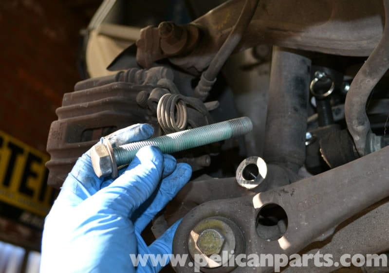 Audi A4 B6 Rear Shock Replacement 2002 2008 Pelican