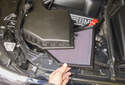 8-cylinder engine: Remove the air filter from its housing.