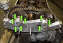 Now you can lock the camshaft adjustment fasteners down (green arrows).