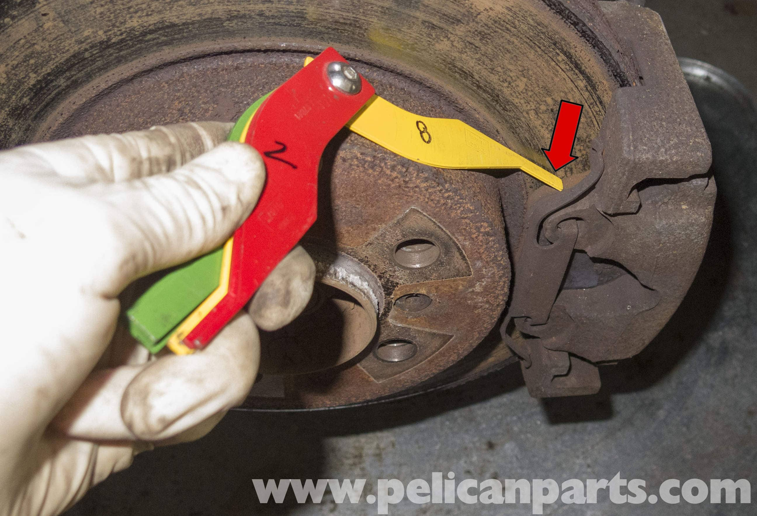 Brake Lining Measurement : Pelican technical article bmw brake rotor