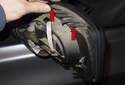 Mirror cover: To replace the front trim, unclip the four clips.
