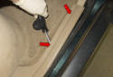 Rear trim: Using a plastic prying tool, gently lever out the molding piece.
