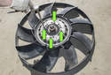 If replacing the fan blades: Note the position and direction of the fan blades.