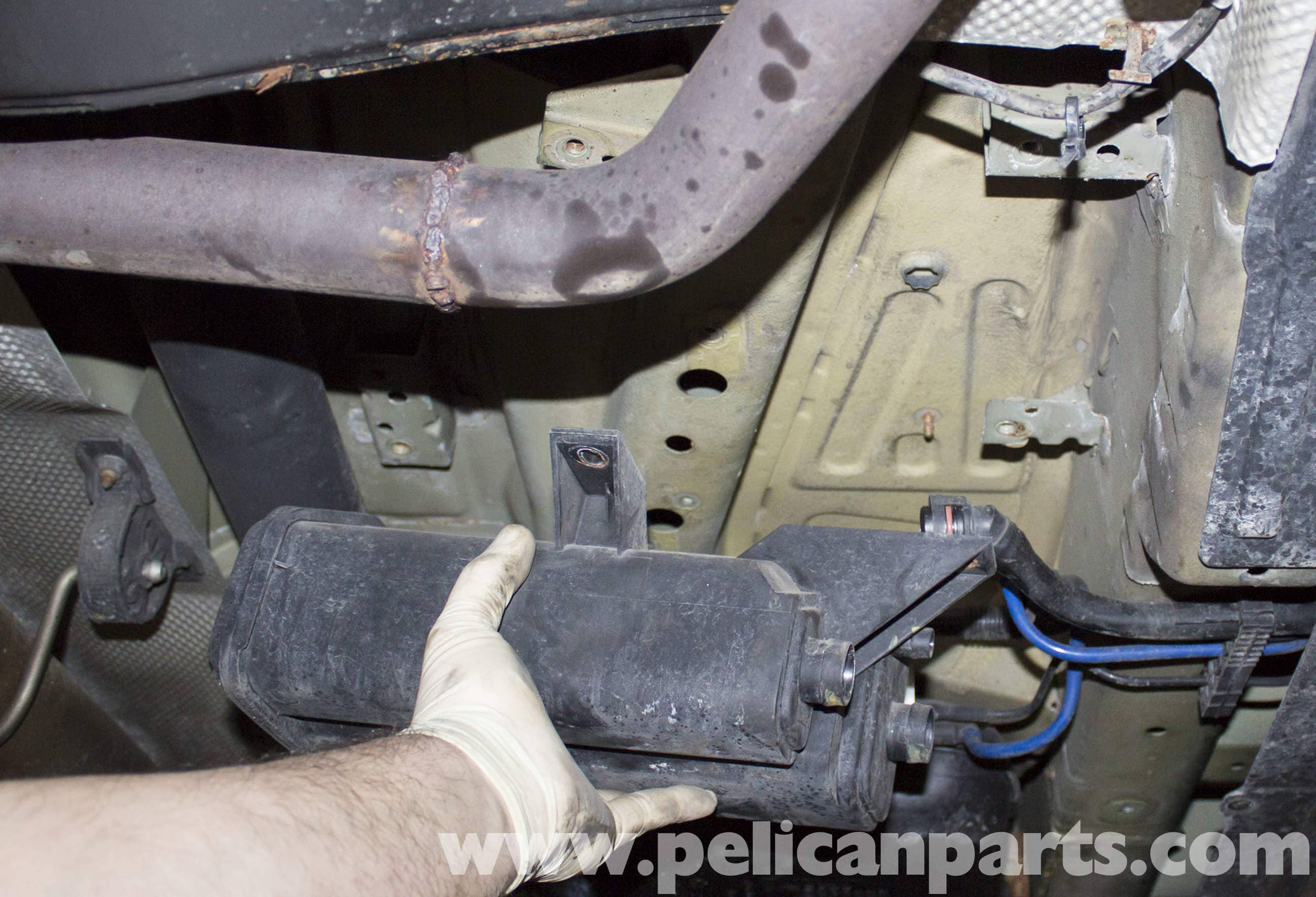 Bmw X5 Charcoal Canister Replacement E53 2000 2006