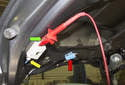 To test one of the antenna amplifiers, connect the black connectors (yellow arrow) again.