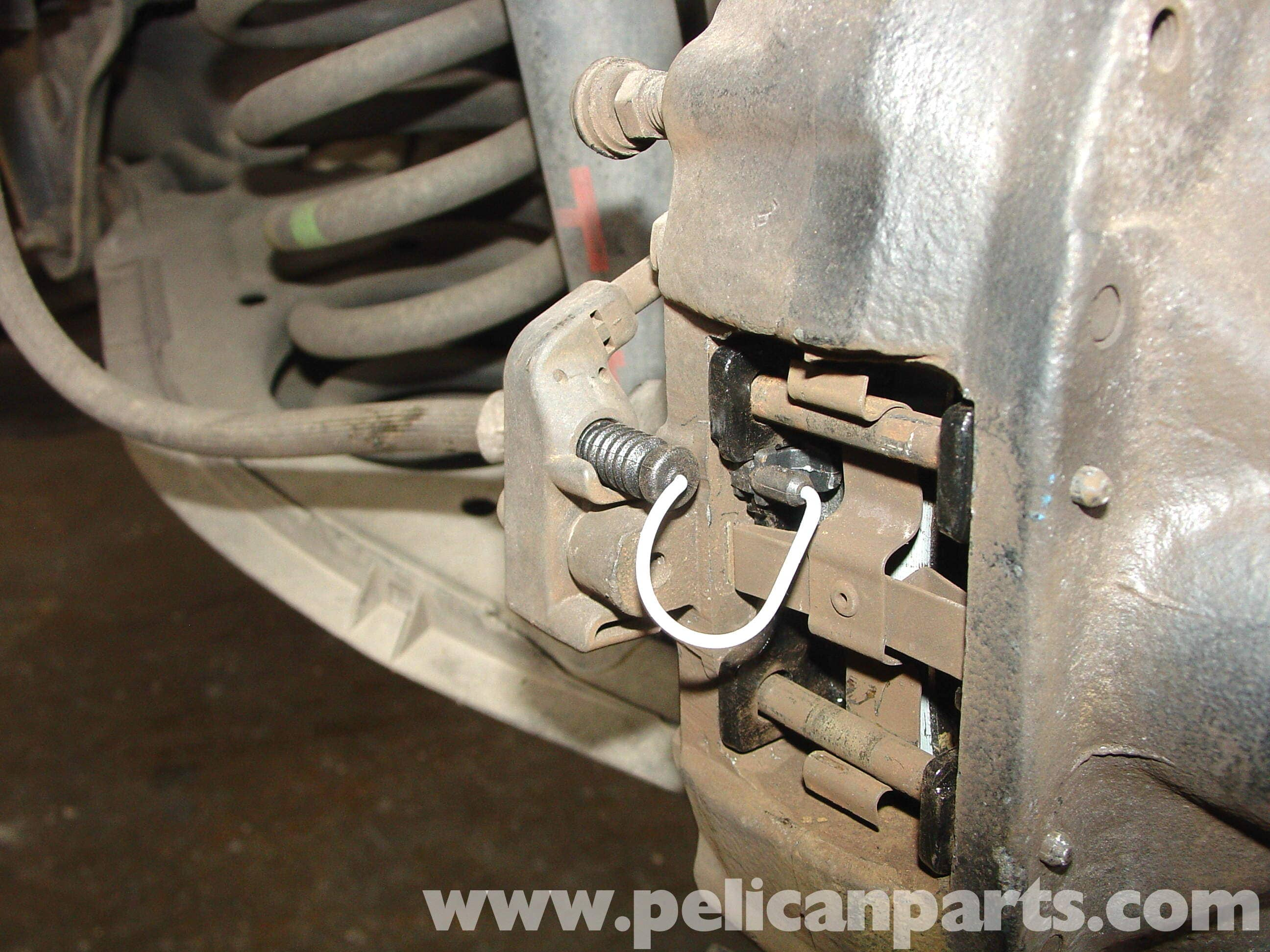 Mercedes benz w210 rear brake pad disc replacement 1996 for Mercedes benz rotors and pads