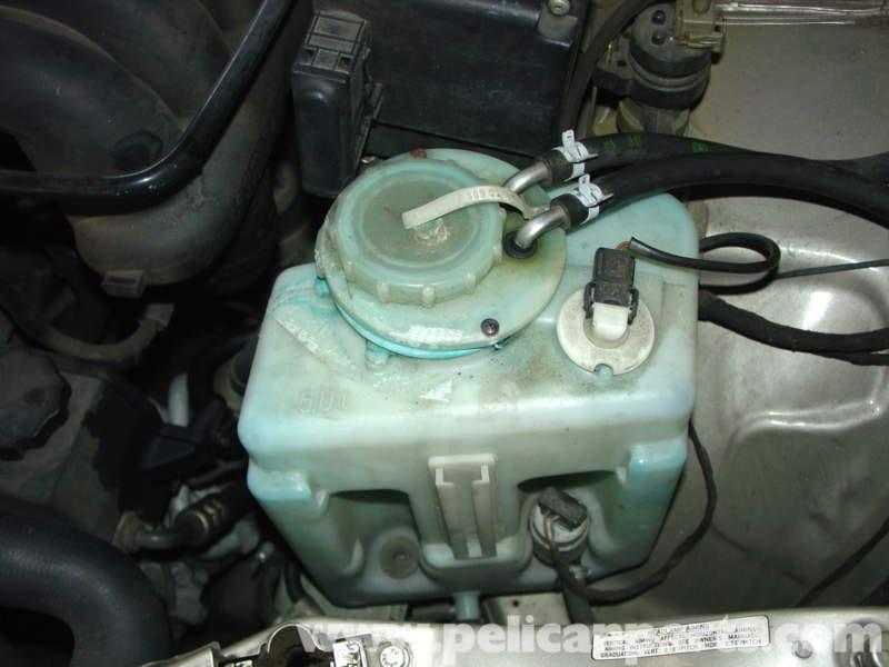 Mercedes benz w210 windshield washer fluid reservoir for Mercedes benz glass replacement