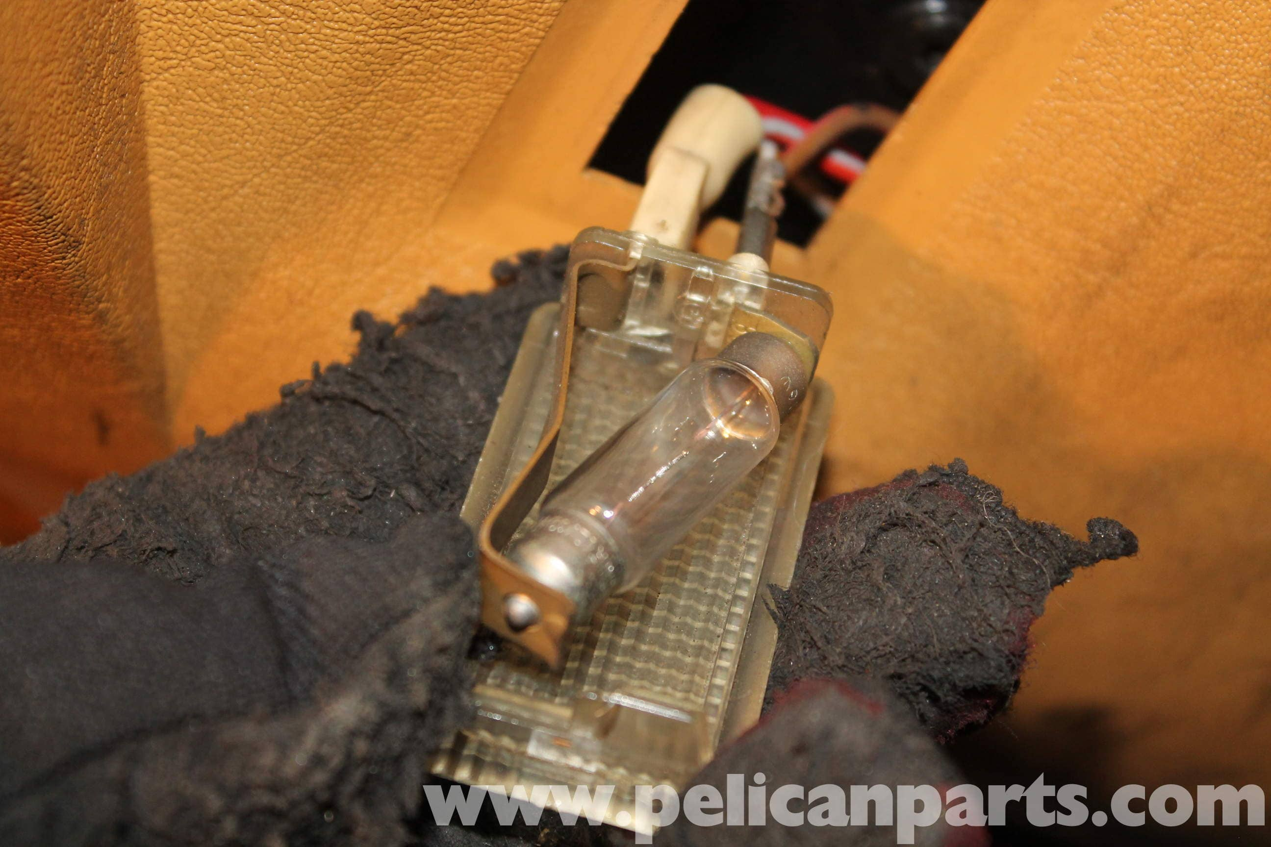 Mercedes benz r107 interior lamp replacement 1972 1986 for Mercedes benz 450sl interior parts