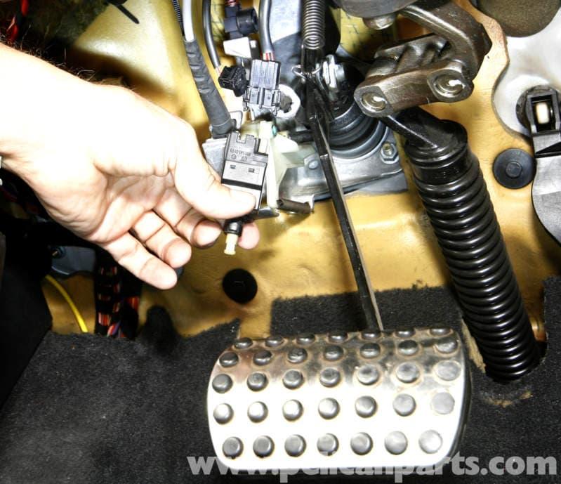 mercedes headlight bulb replacement instructions