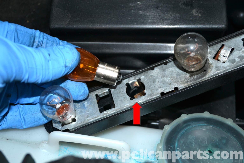 Mercedes benz w124 tail light bulbs replacement 1986 for Mercedes benz light bulb replacement