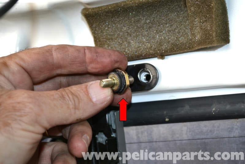 mercedes benz w124 third brake light replacement wagon 1986 1995 e. Black Bedroom Furniture Sets. Home Design Ideas
