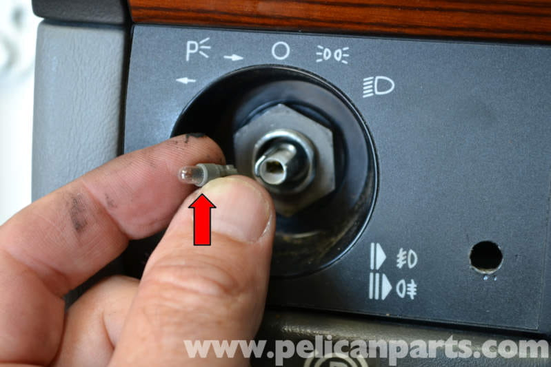 Mercedes Benz W124 Headlight Switch Replacement 1986