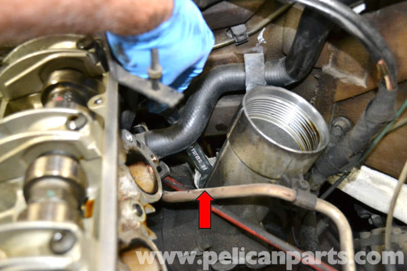 Mercedes Benz W124 Oil Pressure Sender Replacement 1986