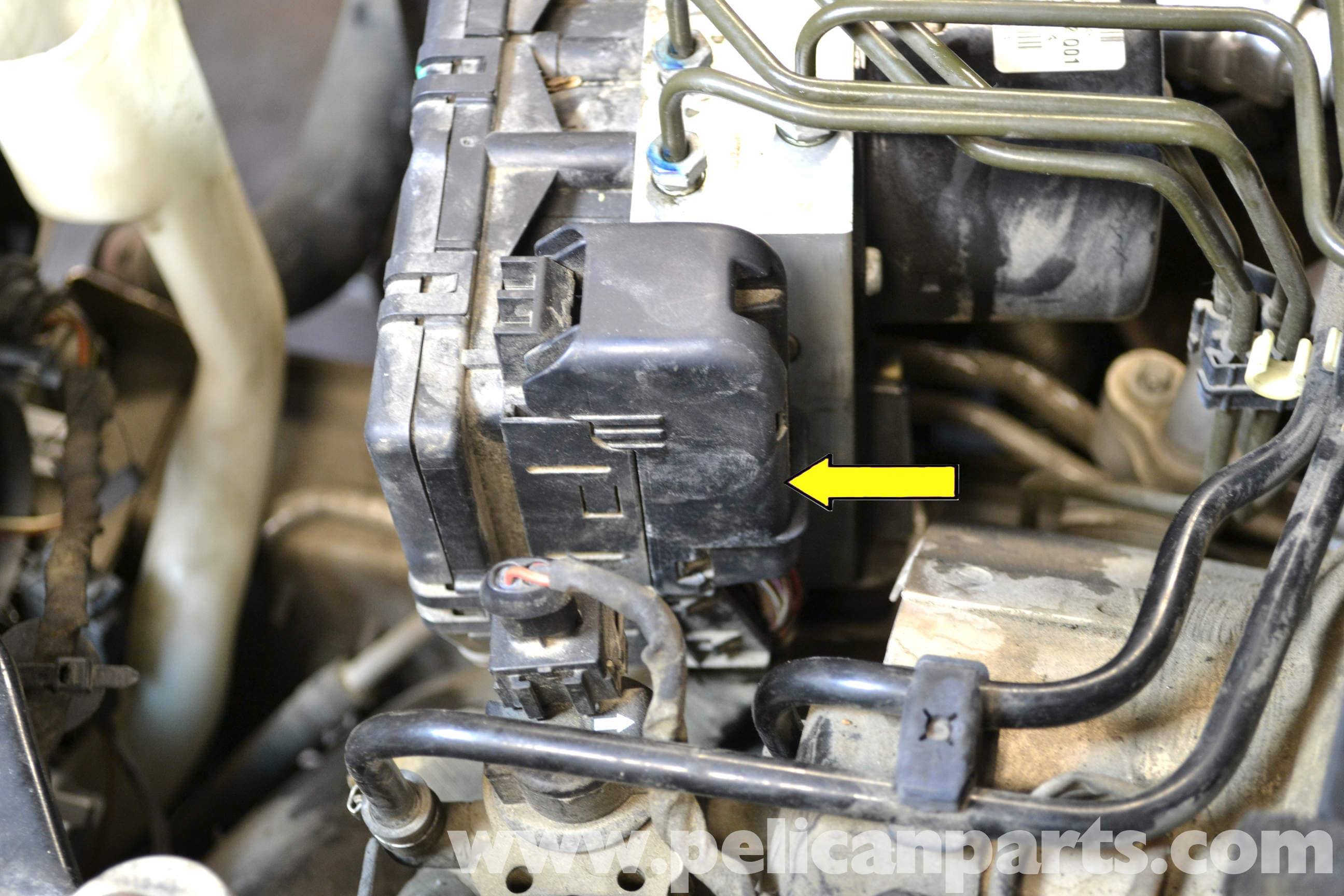 pic03  Oldsmobile Alero Injector Wiring Diagram on