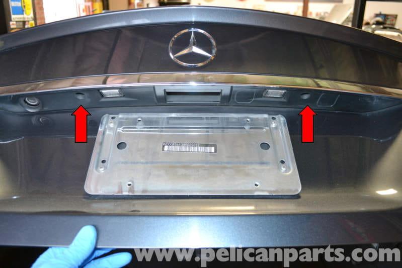 MercedesBenz W204 Trunk License Bulb Replacement   2008