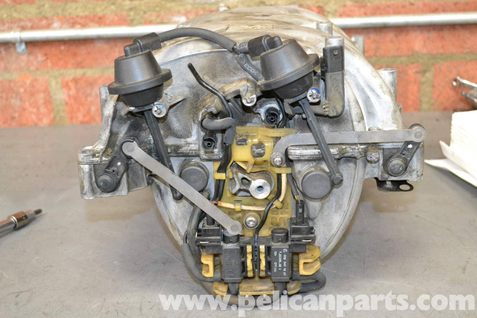 Mercedes benz w204 tumble flap actuator repair 2008 for Mercedes benz c300 engine