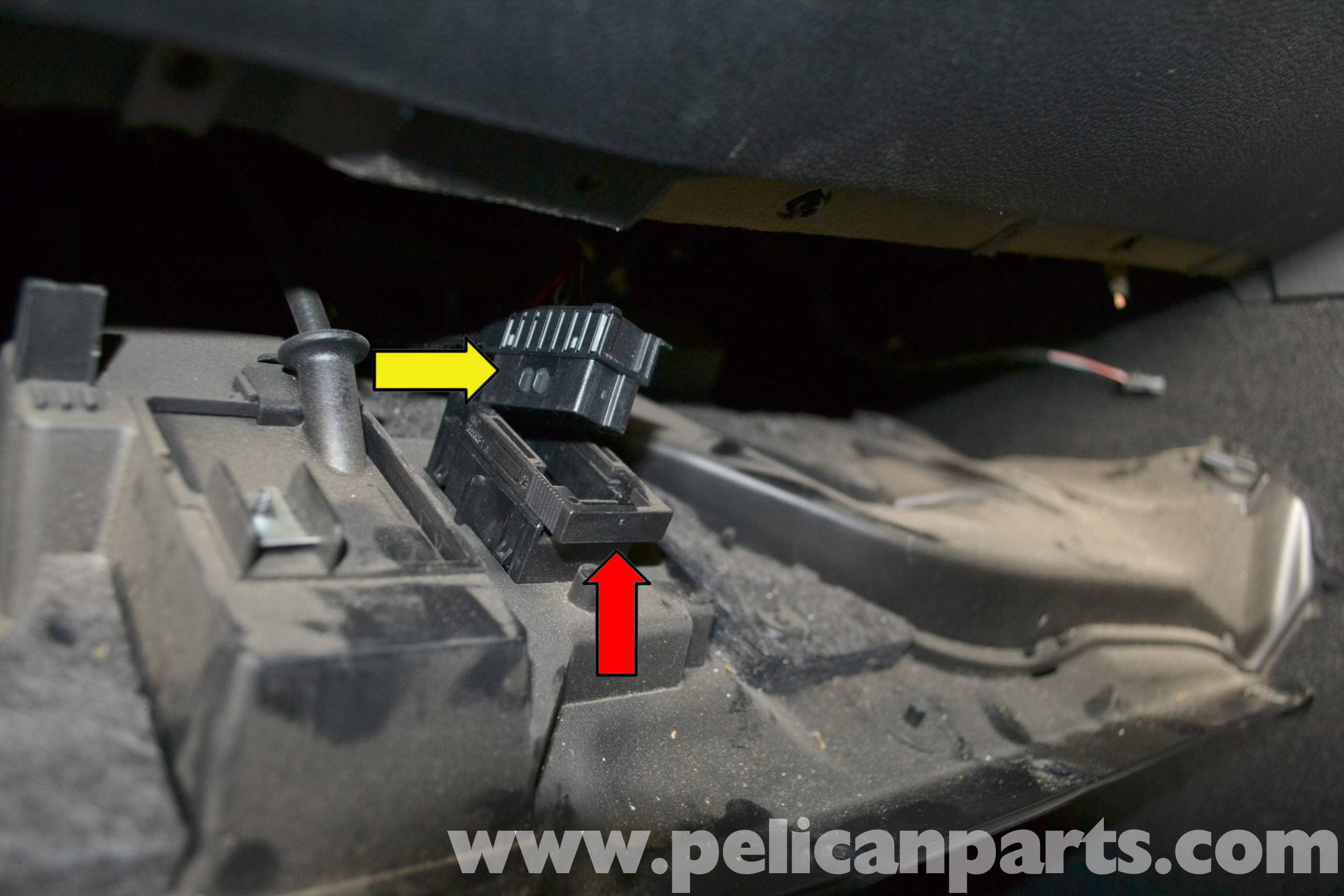 Mercedes benz w204 brake light switch replacement 2008 for Mercedes benz brake light problem