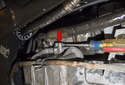 On the left side of the oil pan there is a separating ledge (red arrow).