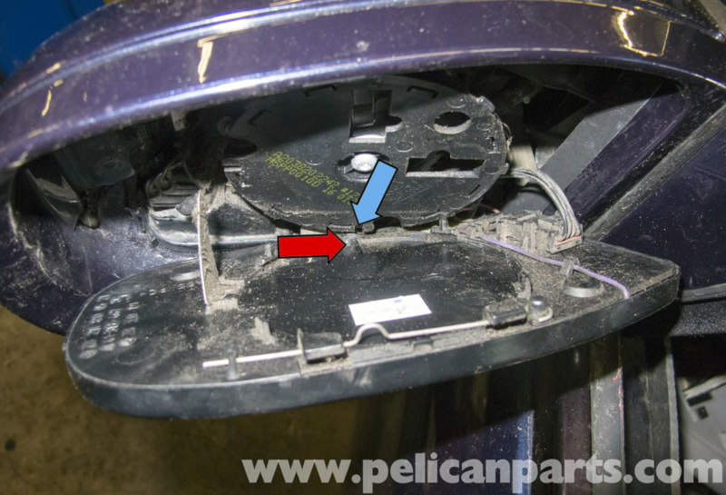 Mercedes benz w211 exterior mirror replacement 2003 2009 for Mercedes benz electrical connectors