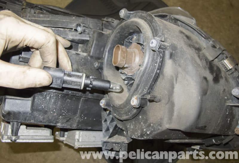 Mercedes Benz W211 Headlight Replacement 2003 2009 E320