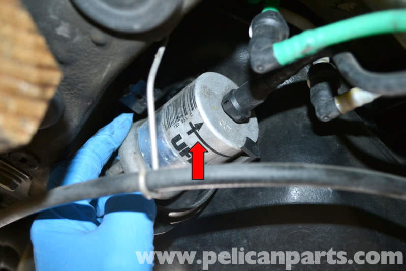 volkswagen golf gti mk v fuel filter replacement (2006 ... small engine fuel filters flow of direction small diesel engine fuel filter