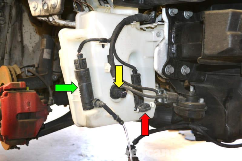 volkswagen golf gti mk v windshield washer reservoir  pump