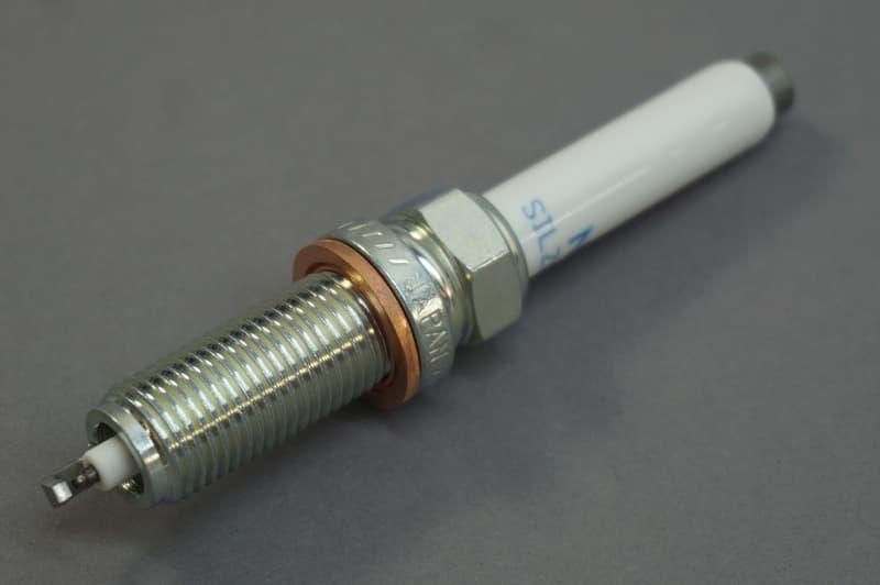 Mercedes-Benz Spark Plug - NGK SILZKFR8D-7S - 0041597203 95875 004 159 72 03