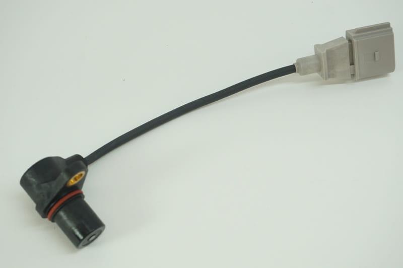 Audi and Volkswagen Crankshaft Sensor - 06A906433G - Bosch 0-261-210-199  06A 906 433 G