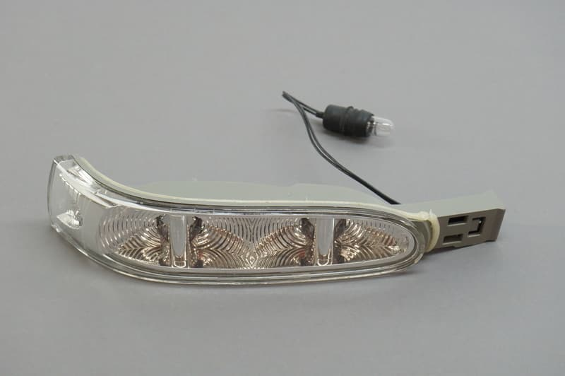 Mercedes Door Mirror Turn Signal Light Genuine Mercedes
