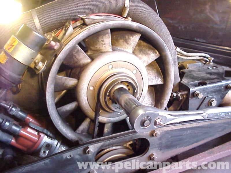 Porsche 911 Valve Adjustment   911 (1965-89) - 930 Turbo