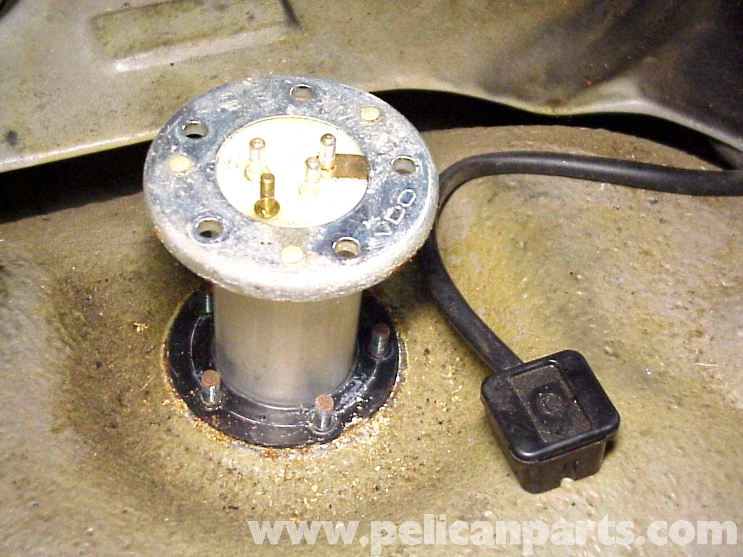 Porsche 911 Fuel Level Sender Replacement 911 1965 89