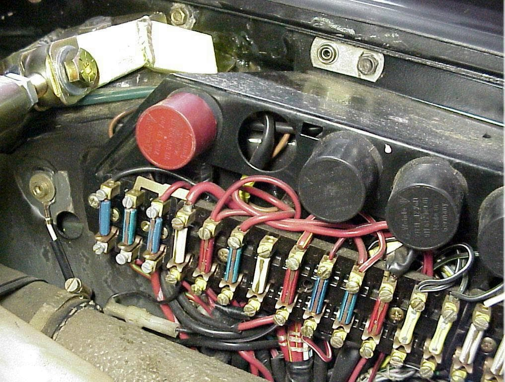 pic2 porsche 911 carrera oil cooler upgrade 911 (1965 89) 930 turbo 1983 porsche 944 fuse box diagram at gsmx.co