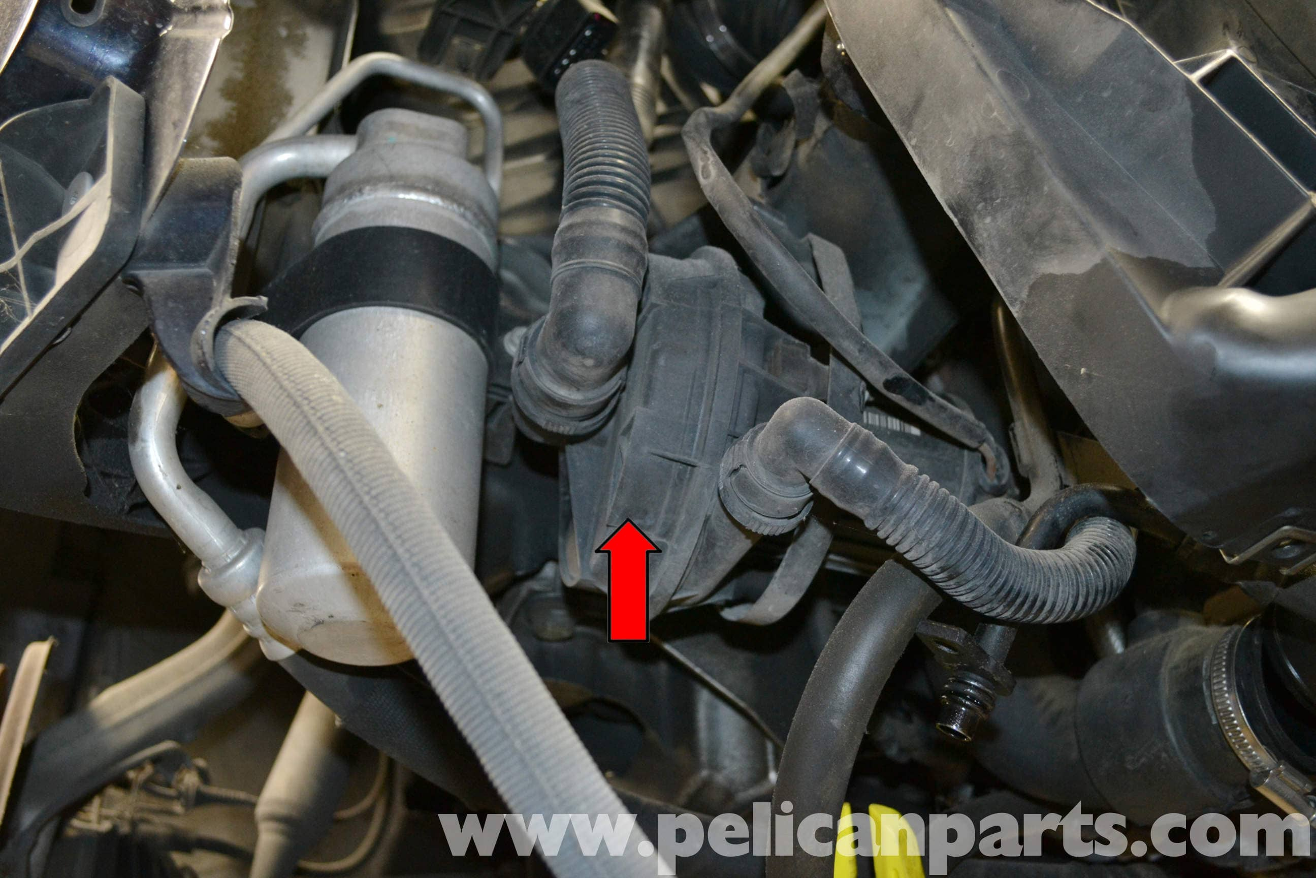 Audi A4 B6 Auxiliary Air Pump Replacement 2002 2008 Pelican 2005 Fuse Box Location Large Image Extra