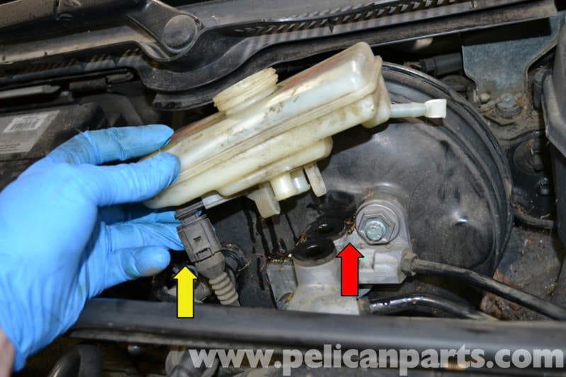 audi a4 b6 brake master cylinder replacement 2002 2008 pelican parts diy maintenance article. Black Bedroom Furniture Sets. Home Design Ideas