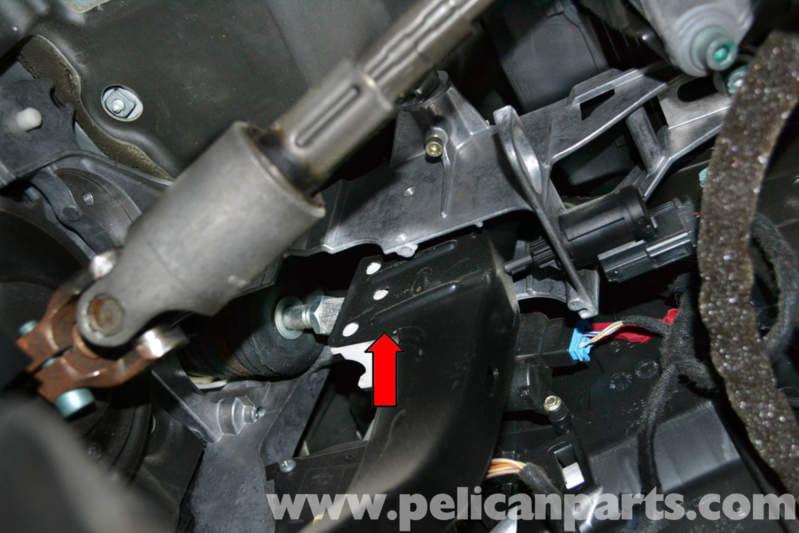 audi a4 b6 brake booster replacement 2002 2008 pelican parts diy rh pelicanparts com 2009 Audi A4 2008 Audi A4
