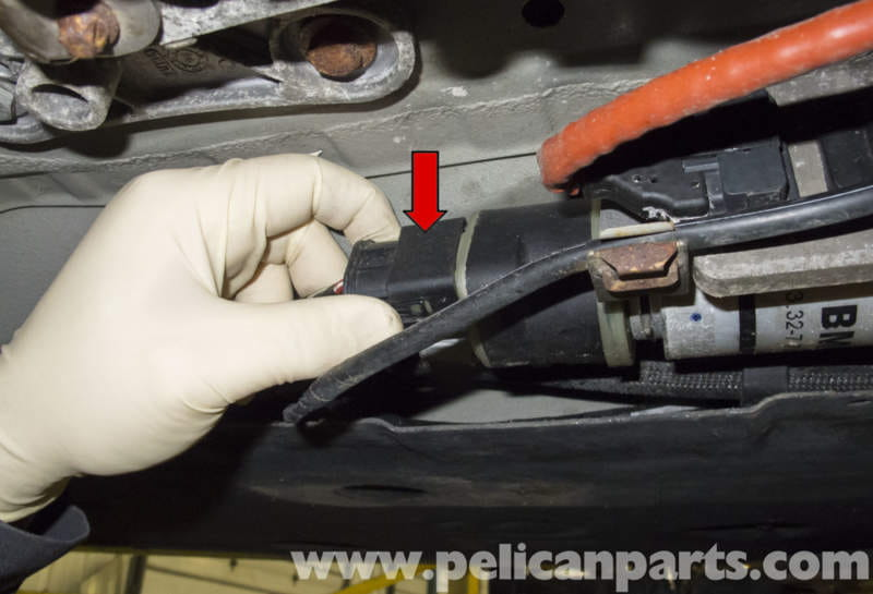 BMW E90 sel Engine Fuel Filter Replacement | E91, E92 ...  Fuel Filter on