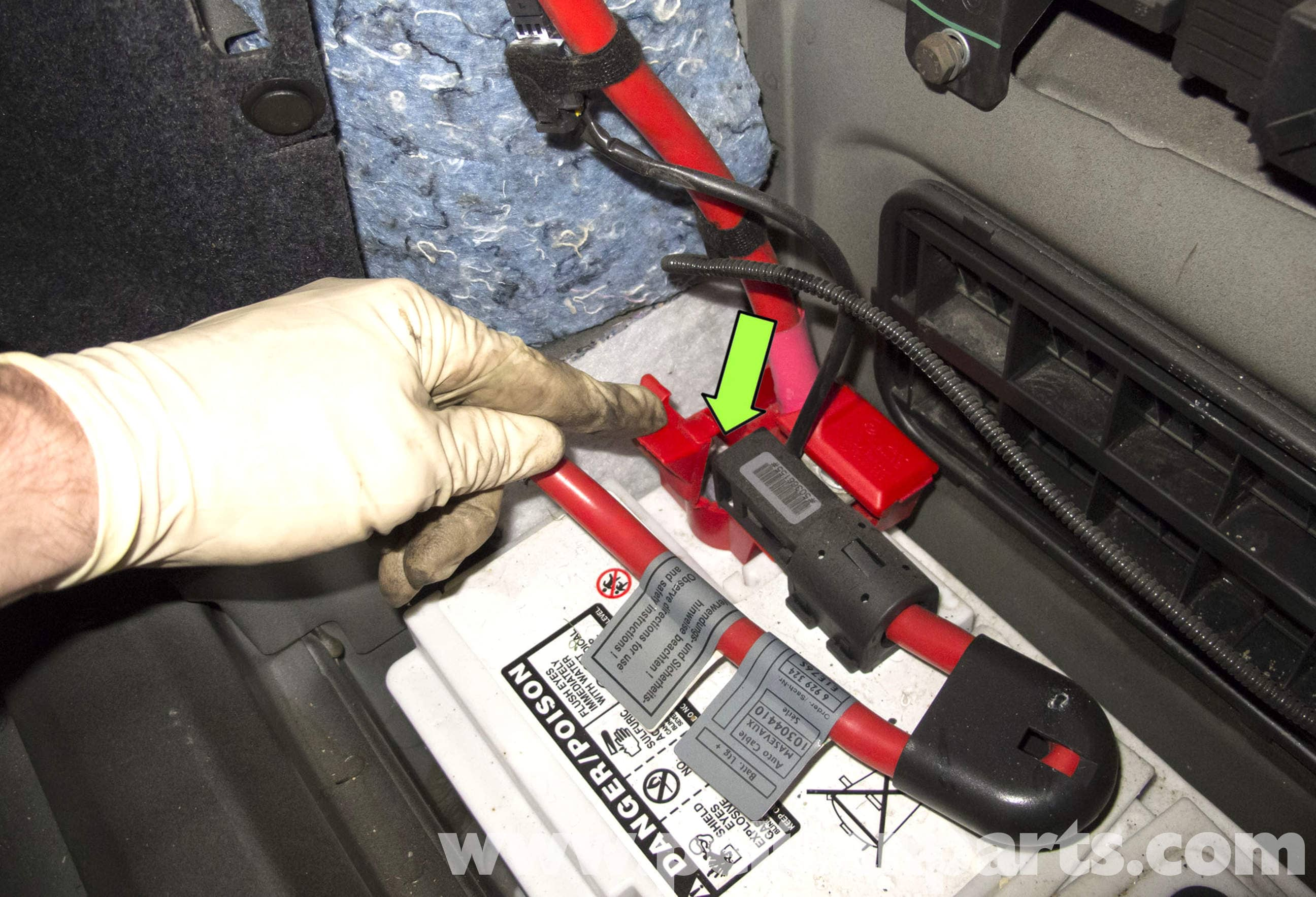 BMW E60 5-Series Battery and Connection Notes Replacement