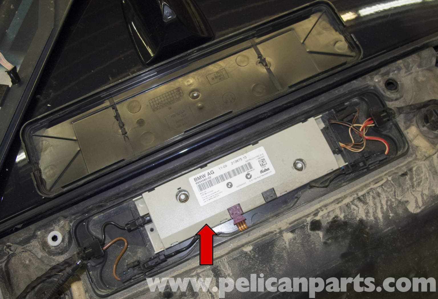 Bmw E60 5 Series Remote Key Antenna Signal Booster Pelican Parts Technical Article