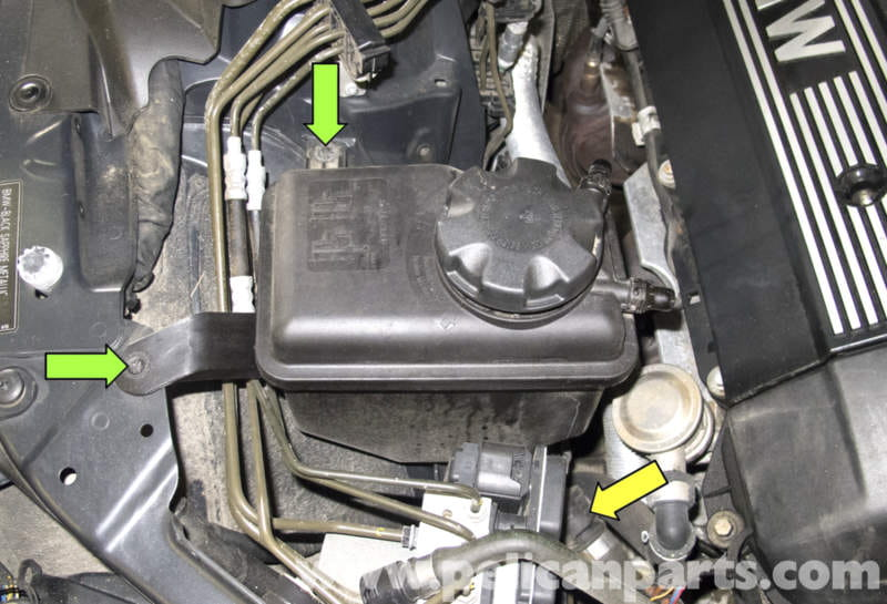 Pic in addition Pic as well Maxresdefault as well Pic further Pic. on bmw coolant temperature sensor location