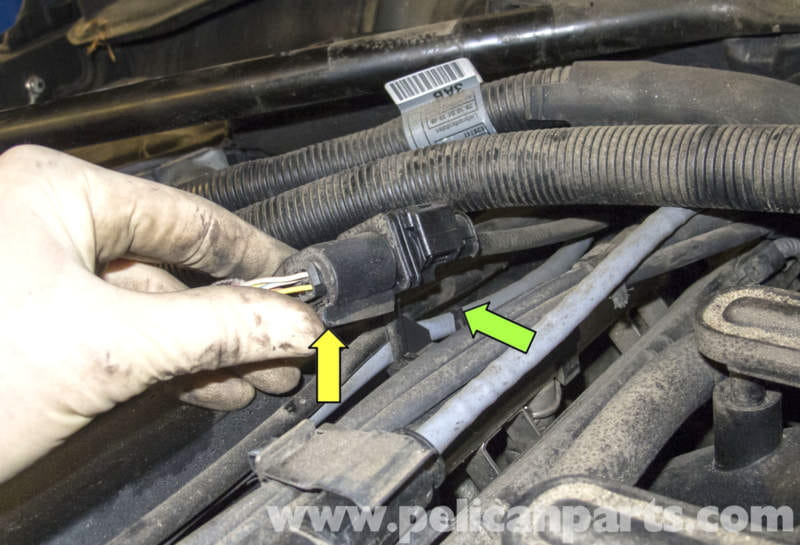 pic05 bmw e60 5 series 6 cylinder engine oxygen sensor replacement Catalytic Converter Diagram at crackthecode.co
