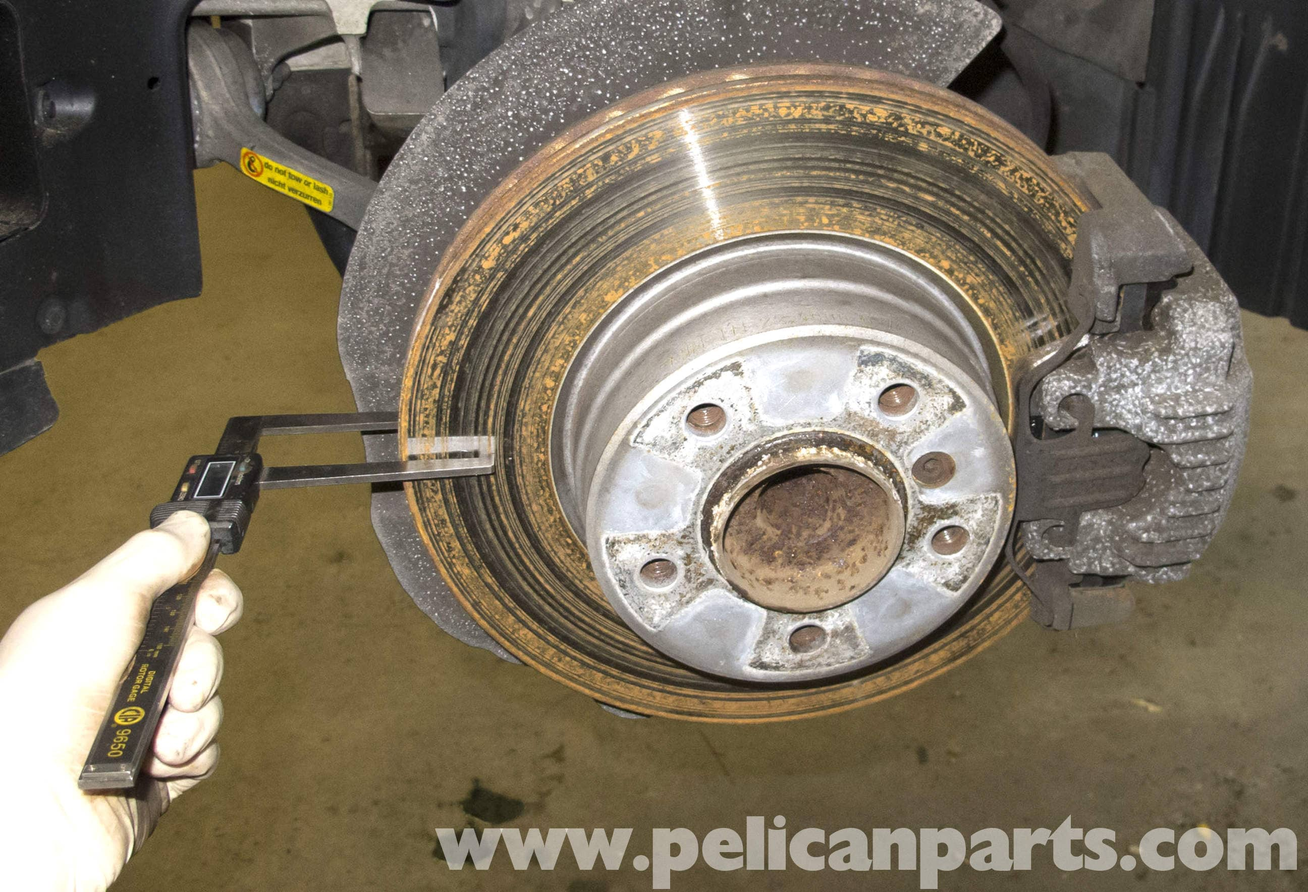 bmw e60 5 series brake rotor specification checking  2003