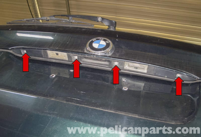 BMW X5 Tailgate Release Handle and License Plate Lights