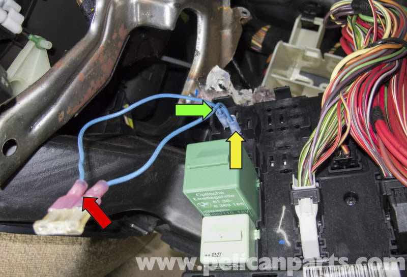 bmw x5 fuel pump testing e53 2000 2006 pelican parts diy rh pelicanparts com Fuel Pump Wiring Harness Diagram 99 BMW Fuel Pump Connector