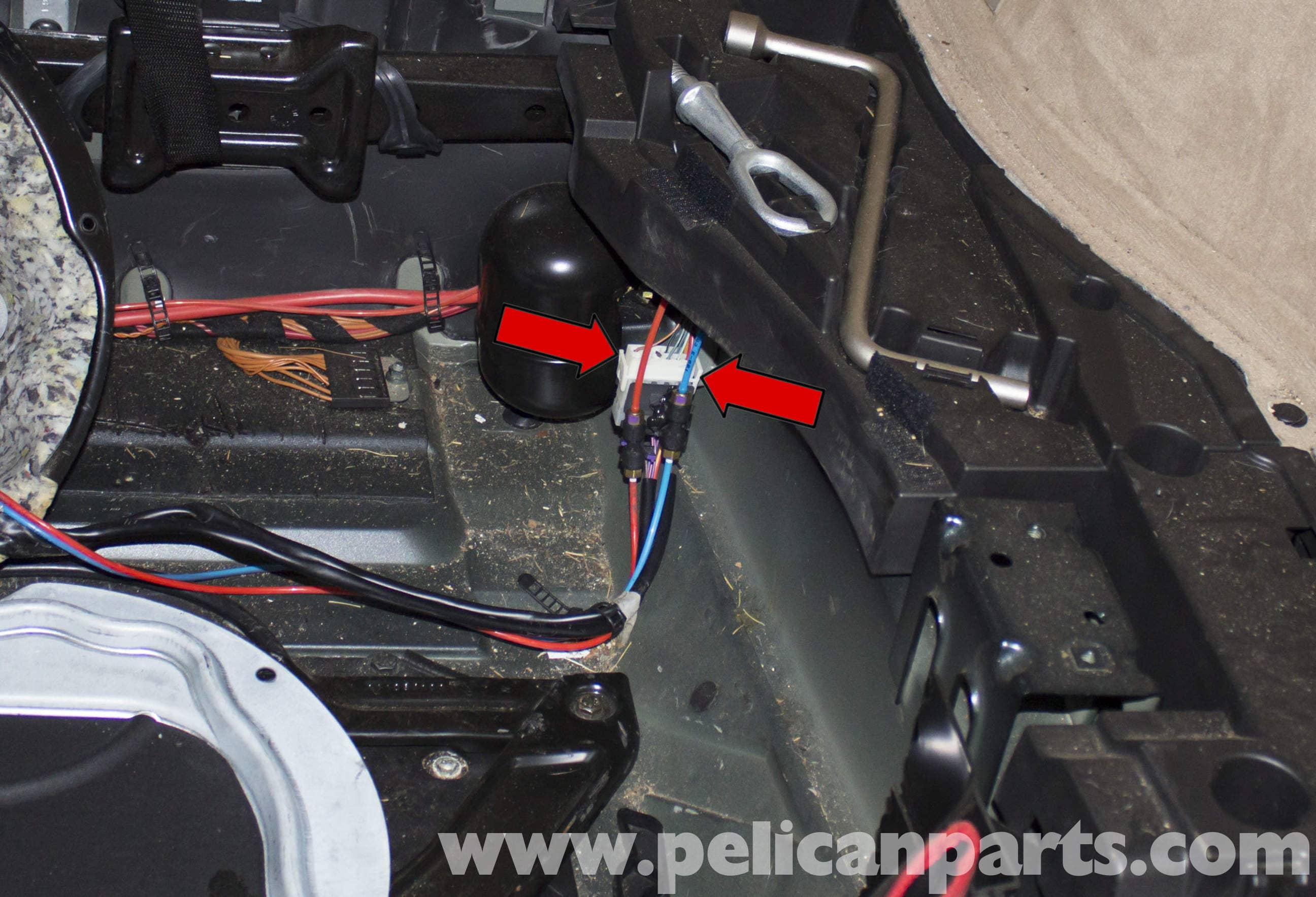 pic06 bmw x5 suspension air pump replacement (e53 2000 2006) pelican