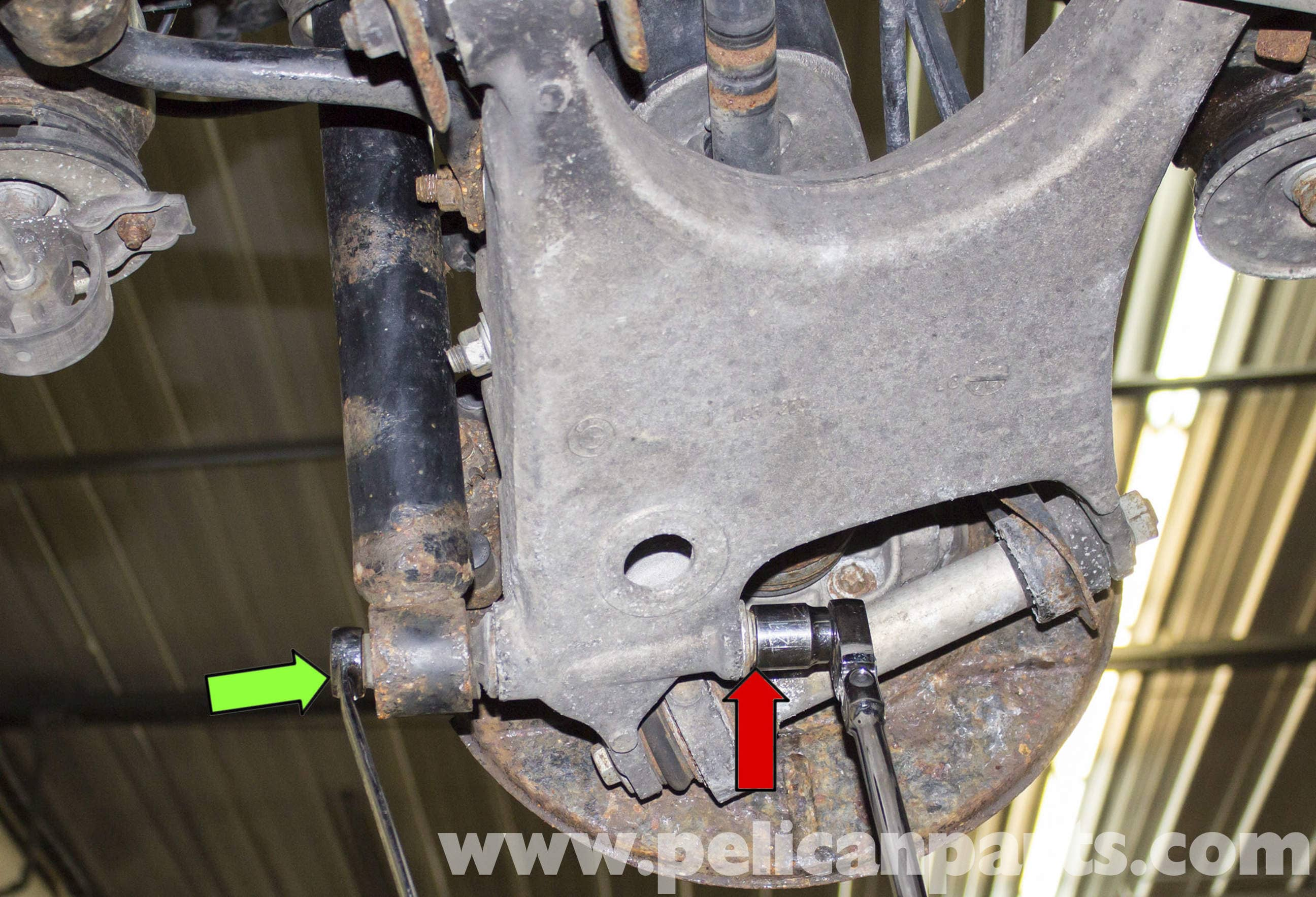 pic17 bmw x5 rear upper control arm replacement (e53 2000 2006