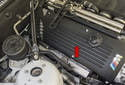 Ignition and knock control: The ignition system uses one ignition coil per cylinder (mounted under the engine cover - red arrow), with each coil mounted above a spark plug.