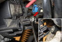 Then remove the alternator positive (+) cable fastener (usually a 17mm) (red arrow), and remove the cable from the alternator.