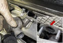 You can now remove the check valve from the cylinder head.
