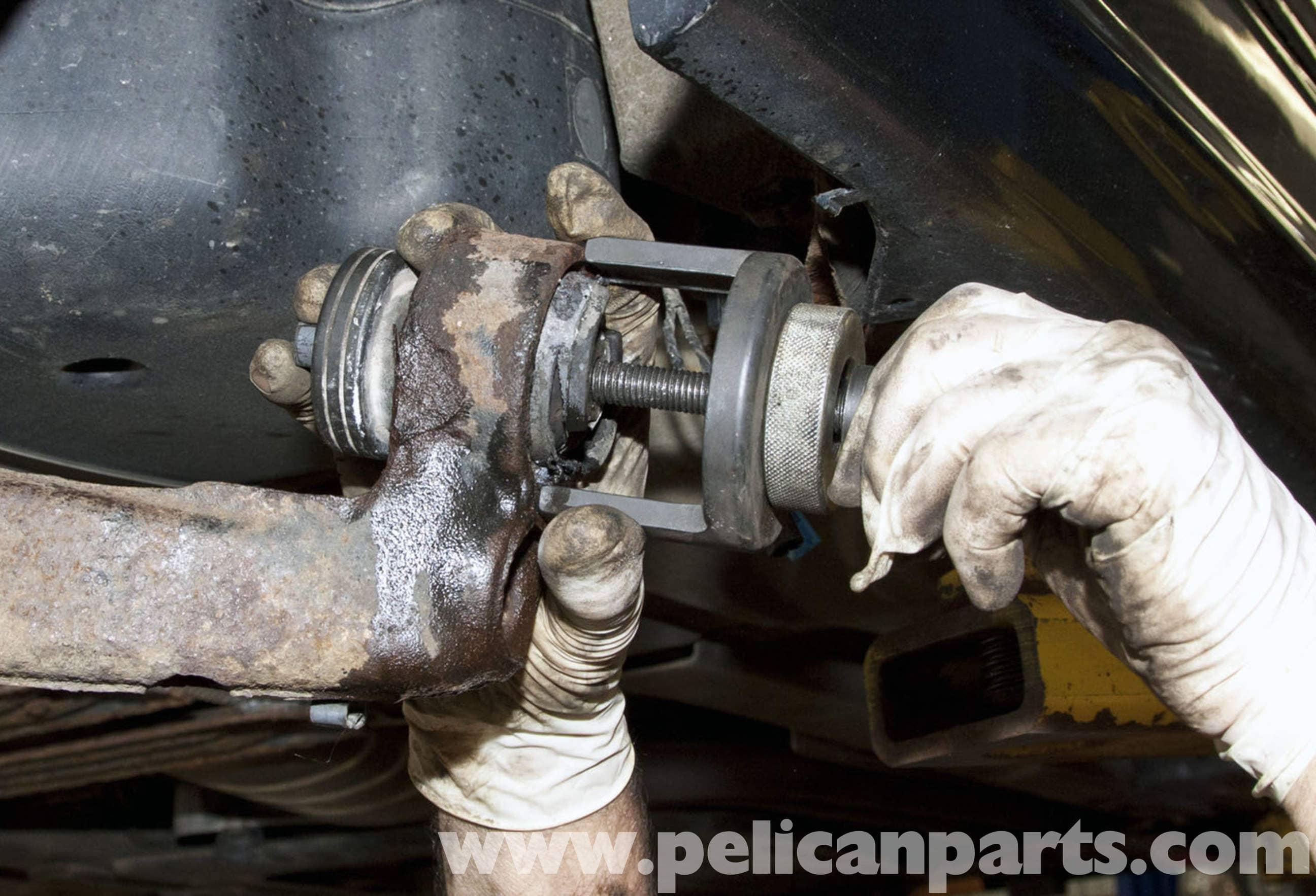 BMW Z4M Rear Trailing Arm Bushing Replacement | E85 (2003